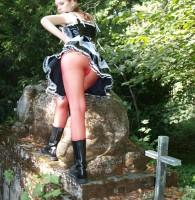 Fetisch Telefonsex mit Frauen Tamara kleided sich gerne ungewohnt, aber dennoch richtig anreizend. Hohe Stiefel, enge Strümpfe und darüber ein Korset oder Mieder. Ein hübsches Mädchen in Reizwäsche das immer […]